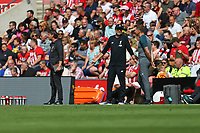 Football - 2019 / 2020 Premier League - Southampton vs. Liverpool<br /> <br /> Liverpool Manager Jurgen Klopp and Southampton Manager Ralph Hasenhuttl in discussion during the Premier League match at St Mary's Stadium Southampton <br /> <br /> COLORSPORT/SHAUN BOGGUST