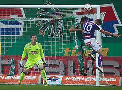23.10.2016, Allianz Stadion, Wien, AUT, 1. FBL, SK Rapid Wien vs FK Austria Wien, 12 Runde, im Bild Richard Strebinger (SK Rapid Wien), Stefan Schwab (SK Rapid Wien) und Alexander Gruenwald (FK Austria Wien) // during Austrian Football Bundesliga Match, 12th Round, between SK Rapid Vienna and FK Austria Wien at the Allianz Stadion, Vienna, Austria on 2016/10/23. EXPA Pictures © 2016, PhotoCredit: EXPA/ Thomas Haumer