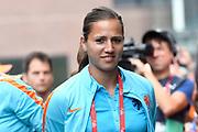 Aankomst  bij de openingswedstrijd van WEURO2017, het EK voetbal vrouwen gehouden in de Stadion Galgenwaard Utrecht<br /> <br /> Op de foto: Angela Christ