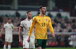 LEUVEN, BELGIUM - Wednesday, March 24, 2021: Wales' Kieffer Moore (R) during the FIFA World Cup Qatar 2022 European Qualifying Group E game between Belgium and Wales at the King Power Den dreef Stadium. Belgium won 3-1. (Pic by Vincent Van Doornick/Isosport/Propaganda)
