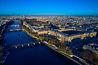 France, Paris (75), zone classée Patrimoine Mondial de l'UNESCO, le Louvre et la Seine // France, Paris (75), area listed as World Heritage by UNESCO, the Louvre and the Seine