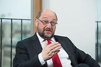 22 FEB 2016, BERLIN/GERMANY:<br /> Martin Schulz, SPD, Praesident des Europaeischen Parlamentes, waehrend einem Interview, Spiegel Hauptstadtbuero<br /> IMAGE: 20160222-01-028