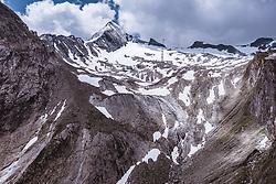 THEMENBILD - Blick auf den Gipfel und den Gletscher des Kitzsteinhorn, aufgenommen am 16. Juli 2019 in Kaprun, Österreich // View of the Kitzsteinhorn summit and glacier, Kaprun, Austria on 2019/07/16. EXPA Pictures © 2019, PhotoCredit: EXPA/ JFK