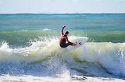 Surfing California Pacific Ocean Waves