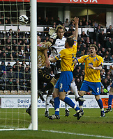 Photo: Steve Bond/Richard Lane Photography. Derby County v Crystal Palace. Coca Cola Championship. 06/12/2008. Luke Varney (C) controversially heads Derbys equaliser as keeper Julian Speroni cannot hold the ball. Clint Hill (3) appeals