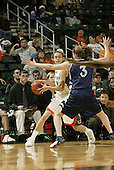 2004 Hurricanes Women's Basketball