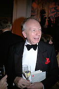 Godfrey Barker, The Royal Academy Schools dinner and auction. Royal Academy. London. 27 March 2007.  -DO NOT ARCHIVE-© Copyright Photograph by Dafydd Jones. 248 Clapham Rd. London SW9 0PZ. Tel 0207 820 0771. www.dafjones.com.