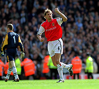 Fotball. FA-cup 2001/2002.<br /> Arsenal v Newcastle 23.03.2002.<br /> Tony Adams, Arsenal.<br /> Foto: David Price, Digitalsport