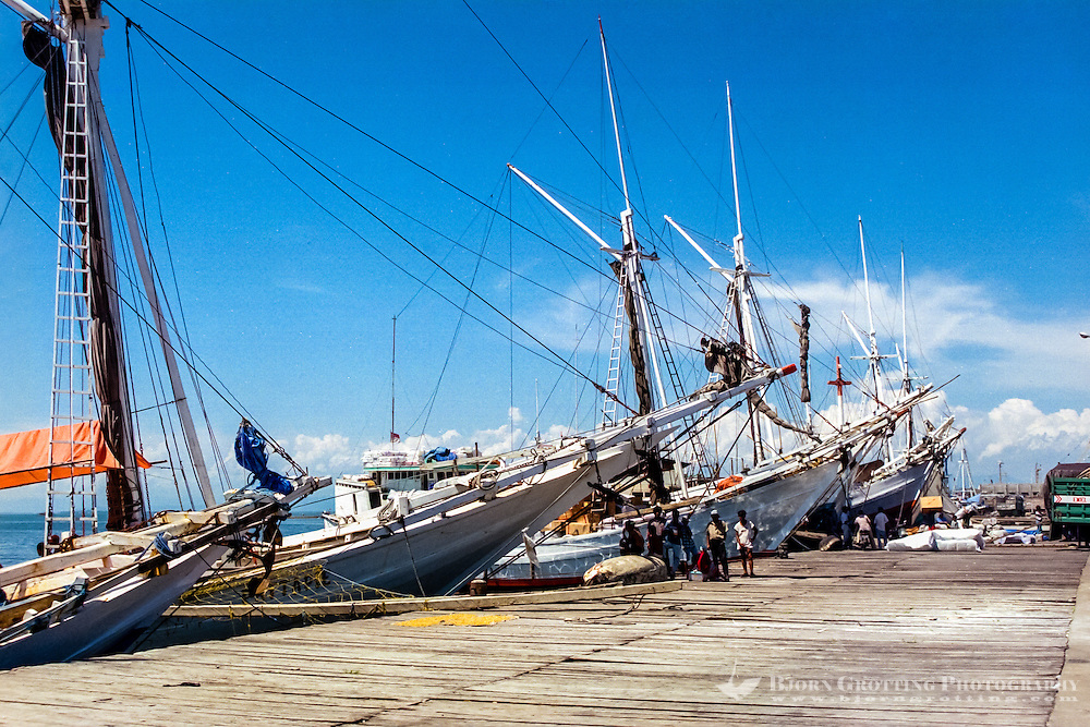South Sulawesi, Makassar. The old harbor in Makassar (Ujung Pandang). Only the Pinisi sailing vessels offload and onload their cargo here.