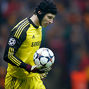 Chelsea's goalkeepers Petr Cech during their UEFA Champions League Round of 16 First leg soccer match Galatasaray between Chelsea at the AliSamiYen Spor Kompleksi in Istanbul, Turkey on Wednesday 26 February 2014. Photo by Aykut AKICI/TURKPIX