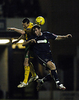 Photo: Olly Greenwood.<br />Southend United v West Bromwich Albion. Coca Cola Championship. 01/01/2007. West Bromwich's Paul Robinson and Southend's Adam Barrett