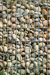 Wire gabions filled with pebbles. Beyond the Pale Garden. Design: Stephen Firth and Brinsbury students - Chelsea 2005