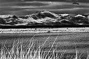 Scenic Mountains Willcox Playa Wildlife Area, Arizona, USA