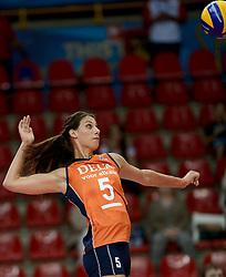 25-09-2014 ITA: World Championship Volleyball Nederland - USA, Verona<br /> Nederland verliest met 3-0 van team USA / Robin de Kruijf