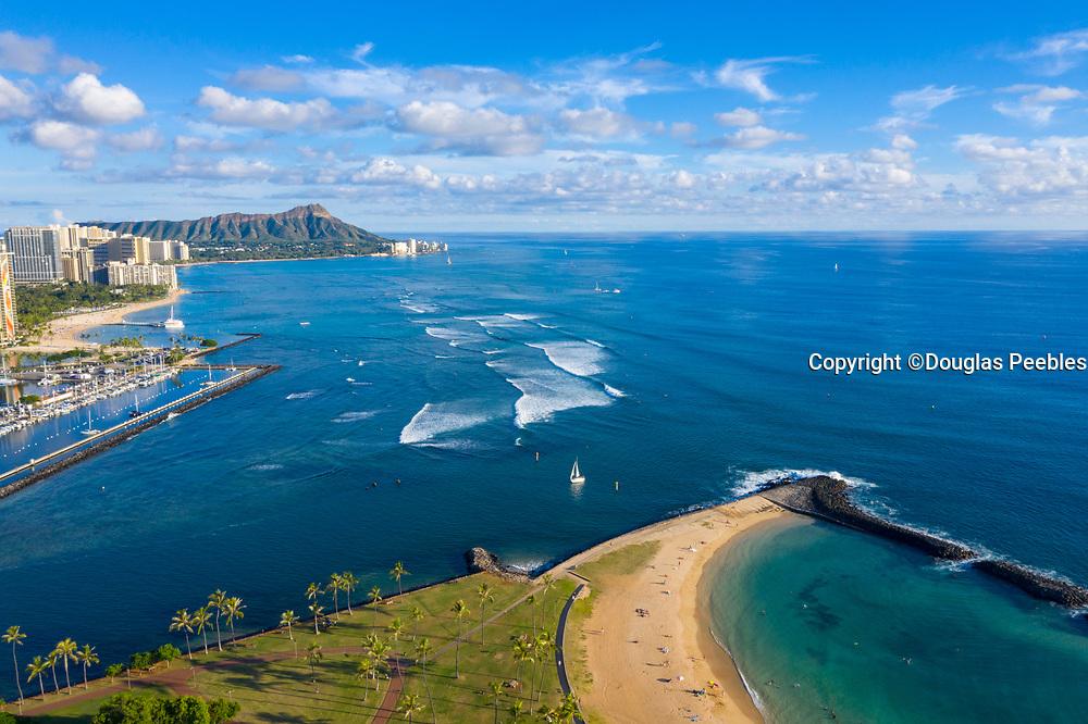 Ala Moana Beach Park, Waikiki, Honolulu, Oahu, Hawaii, USA