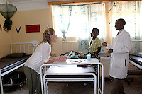 Senior Clinical officer Mr. Jones Mwamba with Gaby Logan.<br /> <br /> At the Metero Reference Clinic in Lusaka.