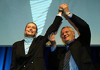 Friidrett / Athletics<br /> ExxonMobil Bislett Games 2005<br /> 29.07.2005<br /> Foto: Morten Olsen, Digitalsport<br /> <br /> Pre-competition dinner<br /> <br /> Famous Bislett Stars of the past. Grete Waitz together with Meeting Director Svein Arne Hansen