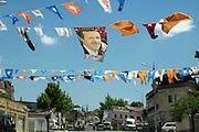 Turkije, Uchsiar, 8-6-2011Vlaggetjes van de AK partij boven straat in de aanloop naar de verkiezingen voor het parlement op 12 juni. Foto: Flip Franssen