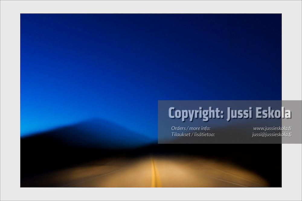 Mojave desert at early dawn. California, USA, February 2007.