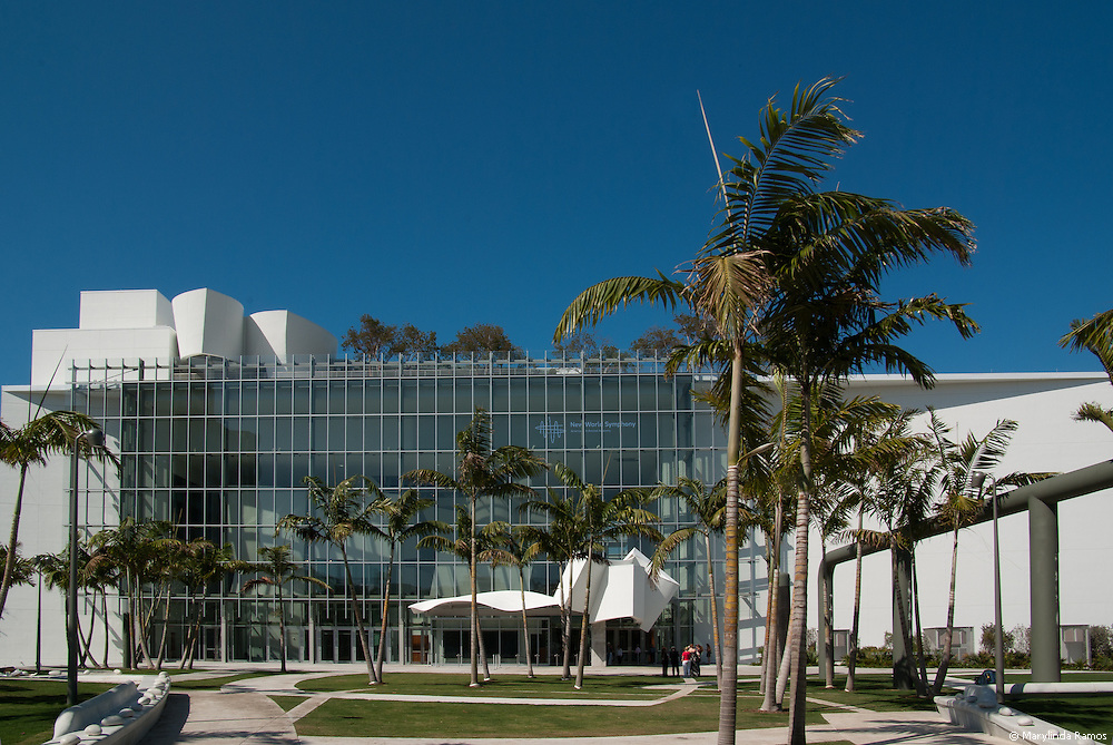 (Editorial)  MIAMI BEACH - FEBRUARY 27, 2011.  At the New World Center, conceived by Michael Tilson Thomas and designed by Frank Gehry, even a budding palm frond appears inspired to conduct heavenly music.  The New World Symphony prepares highly-gifted graduates of distinguished music programs for leadership roles in orchestras and ensembles around the world.  As a laboratory for musical education and expression, it is highly effective at creating and engaging the public. Concert formats include full orchestra, chamber, and solo concerts; concerts by section (i.e., brass, woodwinds, string, percussion); classical series, music by modern composers.  Subscriptions ensure music lovers a seat for the seacon while 30-minute concerts provide an engaging introduction to some of the most creative music programming in the nation.