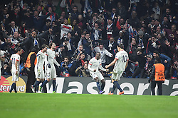 09.03.2016, Stamford Bridge, London, ENG, UEFA CL, FC Chelsea vs Paris Saint Germain, Achtelfinale, Rueckspiel, im Bild matuidi blaise, ibrahimovic zlatan // during the UEFA Champions League Round of 16, 2nd Leg match between FC Chelsea vs Paris Saint Germain at the Stamford Bridge in London, Great Britain on 2016/03/09. EXPA Pictures © 2016, PhotoCredit: EXPA/ Pressesports/ LAHALLE PIERRE<br /> <br /> *****ATTENTION - for AUT, SLO, CRO, SRB, BIH, MAZ, POL only*****