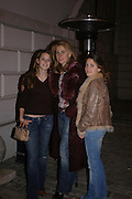 Lyddia, Allalia forte and Irena. private view for Continuum by Conrad Shawcross. Queen's House. National Maritime Museum. Greenwich. 17 December 2004. ONE TIME USE ONLY - DO NOT ARCHIVE  © Copyright Photograph by Dafydd Jones 66 Stockwell Park Rd. London SW9 0DA Tel 020 7733 0108 www.dafjones.com