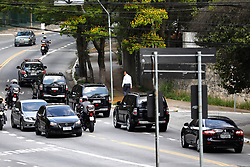 September 29, 2018 - Sao Paulo, Sao Paulo, Brazil - Sao Paulo, Sao Paulo, Brazil - Sep, 2018 - JAIR BOLSONARO candidate of the Social Liberal Party to the presidency of Brazil leaves the Albert Einstein hospital in Sao Paulo in a convoy of cars of the Federal Police. Bolsonaro had been hospitalized since the last day after being stabbed during the campaign. (Credit Image: © Marcelo Chello/ZUMA Wire)