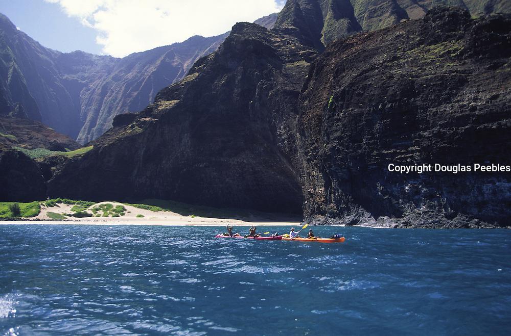Kayaking, Honopu, Napali Coast, Kauai, Hawaii<br />