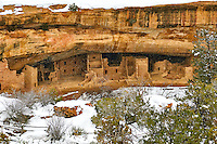 Spruce Tree House cliff dwelling in the winter. Mesa Verde National Park. Image taken with a Nikon D300 camera and 18-300 mm VR lens (ISO 360, 50 mm, f/8. 1/250 sec).