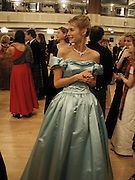 Marianne Swannell. the Royal Caledonian Ball. 2001. Grosvenor house. London. 3 May 2001. © Copyright Photograph by Dafydd Jones 66 Stockwell Park Rd. London SW9 0DA Tel 020 7733 0108 www.dafjones.com