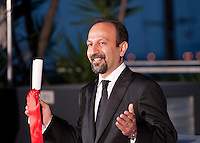 Asghar Farhadi with the Award For Best Screenplay For Forushande (The Salesman) at the Palm D'Or Winners photocall at the 69th Cannes Film Festival Sunday 22nd May 2016, Cannes, France. Photography: Doreen Kennedy