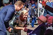 Medailleuitreiking op het Binnenhof.<br /> <br /> Op de foto: Vice-premier Hugo de Jonge en Minister van Defensie Ank Bijleveld