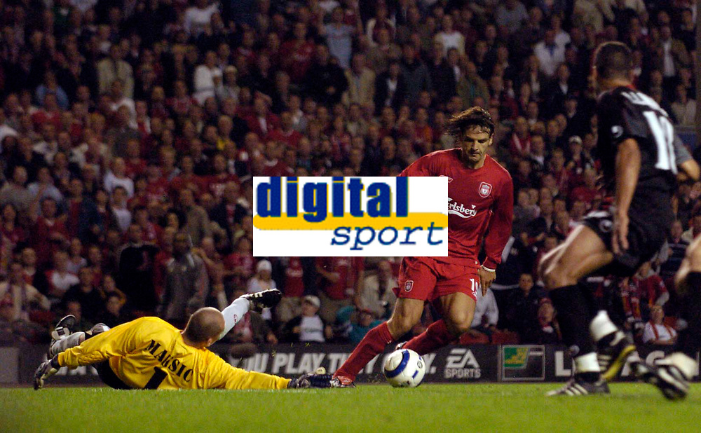 Fotball<br /> England 2005/2006<br /> Foto: SBI/Digitalsport<br /> NORWAY ONLY<br /> <br /> Liverpool v CSKA Sofia<br /> UEFA Champions League.<br /> 23/08/2005.<br /> <br /> Liverpool's Fernando Morientes wastes a glorious opportunity after rounding goalkeeper Dejan Maksic