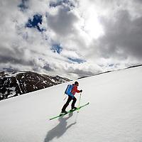 Ski touring Avimore.Photograph David Cheskin.