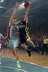 11.06.2011, Stechert Arena, Bamberg, GER, BBL, 3. Playoff Finale Brose Baskets Bamberg vs Alba Berlin, im Bild:.Taylor Rochestie (Berlin #10) gg Tibor Pleiß / Pleiss (Bamberg #21).EXPA Pictures © 2011, PhotoCredit: EXPA/ nph/  Will       ****** out of GER / SWE / CRO  / BEL ******