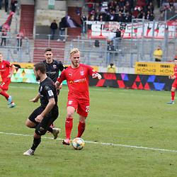 Marchel Hilßner (23) am Ball ist der Mann des Tages beim HFC beim Spiel in der 3. Liga, Hallescher FC - FC Ingolstadt 04.<br /> <br /> Foto © PIX-Sportfotos *** Foto ist honorarpflichtig! *** Auf Anfrage in hoeherer Qualitaet/Aufloesung. Belegexemplar erbeten. Veroeffentlichung ausschliesslich fuer journalistisch-publizistische Zwecke. For editorial use only. DFL regulations prohibit any use of photographs as image sequences and/or quasi-video.
