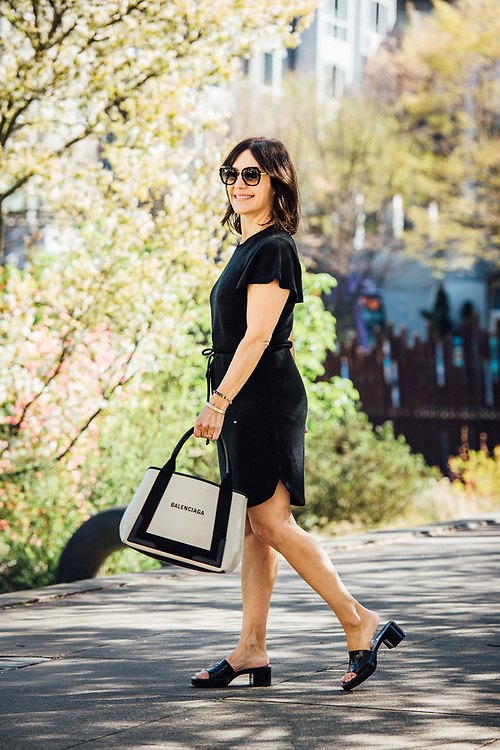 Portland Fashion blogger Susie Wright