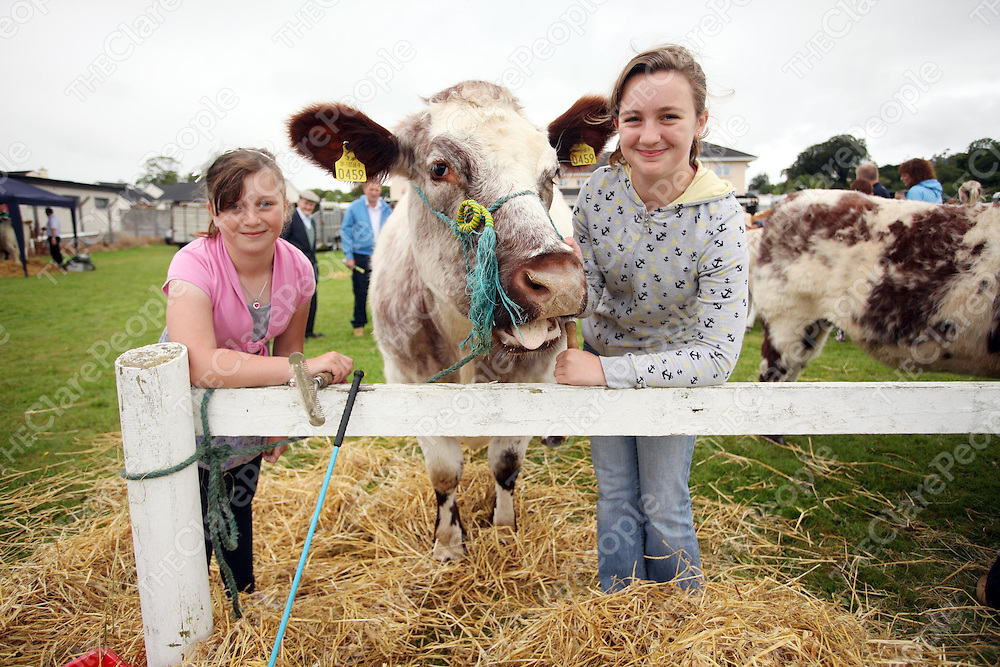 Ciara and Rachel Hehir from Inagh at the annual County Clare Show in the Ennis showgrounds at the weekend.<br /> Photograph by Yvonne Vaughan