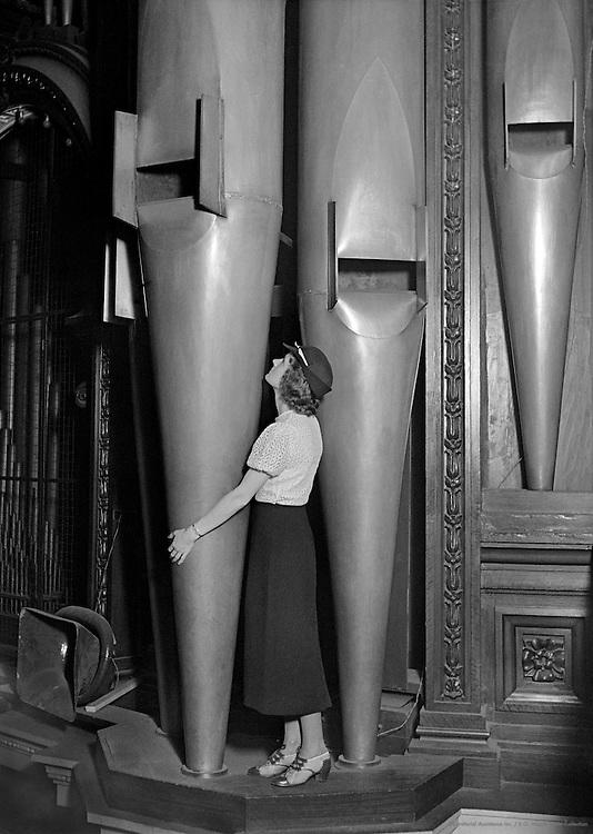 The Organ of the Royal Albert Hall, London, 1932