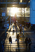 Goud licht door zonsondergang, Ministerie van VROM, Centraal Station Den Haag, Zuid Holland - Light of gold during sunset, near Central Station,  The Hague, Netherlands