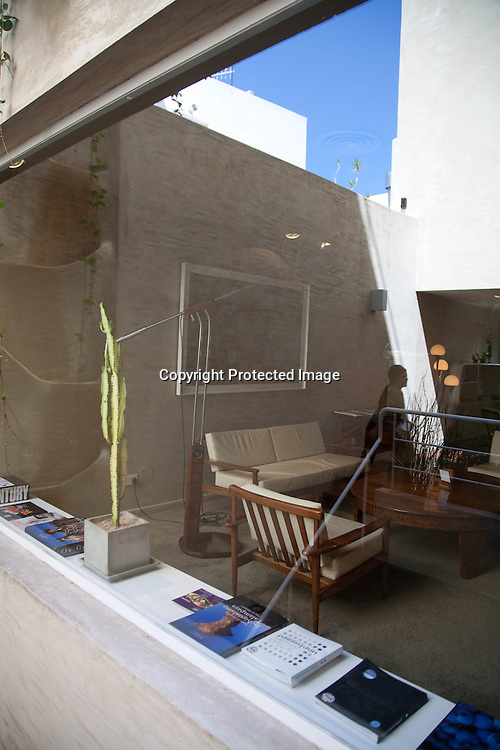 hotel HOME, design boutique hotel in PALERMO Hollywood , the new trendy area   Buenos Aires - Argentina  .///.hotel Home,  hotel design dans le quartier de PALERMO Hollywood le nouveau quartier mode branche .http://www.homebuenosaires.com  Buenos Aires - Argentine .///.BUAIR058