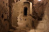 Napoli sotterranea,Lavanderia di epoca romana.Naples underground, Laundry from Roman times.