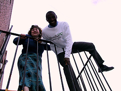 Tracy VinerAppeal Manager with Sheffield Horizons Appea lhelps Herol Bomber Graham face his fear of hights to help raise funds for the Macmillan Cancer relief Horizons Appeal by Absieling of the Bridge at Millersdale<br /><br />image copyright Paul David Drabble<br />Contact 07831 853913