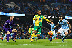 Lewis Grabban of Norwich City in action - Mandatory byline: Matt McNulty/JMP - 07966 386802 - 31/10/2015 - FOOTBALL - City of Manchester Stadium - Manchester, England - Manchester City v Norwich City - Barclays Premier League