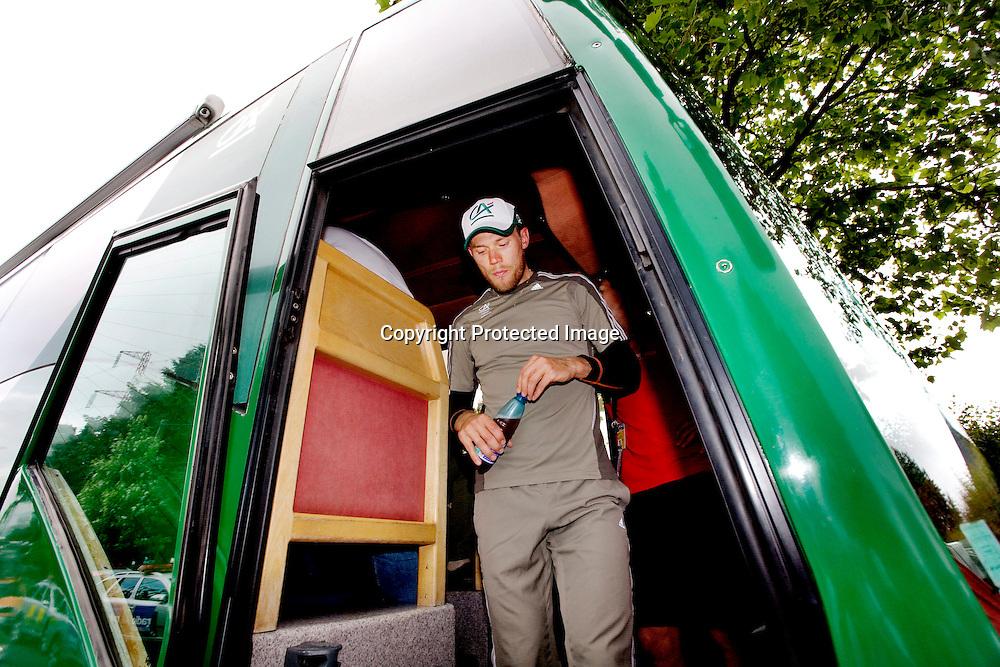 Aurillac 20080711. Thor Hushovd var sliten etter å ha gitt alt, til ingen nytte, på den 7.etappen i Tour de France. ....Foto: Daniel Sannum Lauten / Dagbladet