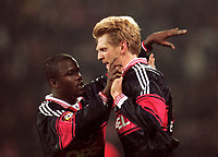 Fotball<br /> Bayern München<br /> Foto: Witters/Digitalsport<br /> NORWAY ONLY<br /> <br /> Sammy KUFFOUR / Stefan EFFENBERG<br /> 1999