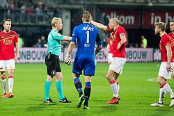 referee Kevin Blom, goalkeeper Marco Bizot of AZ, Ron Vlaar of AZ during the Dutch Eredivisie match between AZ Alkmaar and PSV Eindhoven at AFAS stadium on April 07, 2018 in Alkmaar, The Netherlands