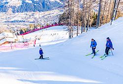 10.01.2020, Streif, Kitzbühel, AUT, FIS Weltcup Ski Alpin, Schneekontrolle durch die FIS, im Bild v.l. Herbert Hauser (Pistenchef Streif), Hannes Trinkl (FIS Renndirektor), Mario Mittermayer-Weinhandl (HKR Rennleiter) // f.l. Herbert Hauser slope Manager Streif Hannes Trinkl FIS Racedirector and Mario Mittermayer-Weinhandl race direktor HKR during snow control by the FIS for the FIS ski alpine world cup at the Streif in Kitzbühel, Austria on 2020/01/10. EXPA Pictures © 2020, PhotoCredit: EXPA/ Stefan Adelsberger