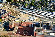 Nederland, Overijssel, Zwolle, 28-10-2014; station Zwolle en omgeving, stationsgebied met Stadskantoor. Op het station treinen van NS en Arriva.<br /> Railway station Zwolle.<br /> luchtfoto (toeslag op standard tarieven);<br /> aerial photo (additional fee required);<br /> copyright foto/photo Siebe Swart