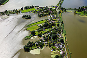 Nederland, Zuid-Holland, Gemeente Reeuwijk, 15-07-2012; Reeuwijksche Plassen (Reeuwijkse Plassen), detail van de bebouwing in Sluipwijk..De veenplassen zijn ontstaan door het afgraven en wegbaggeren van het veen voor het winnen van turf. .Houses and villas in the recreation area and peat lakes Reeuwijksche Plassen , created by peat extraction..luchtfoto (toeslag), aerial photo (additional fee required).foto/photo Siebe Swart